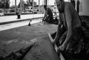Jak wykonać posadzki betonowe – poszczególne etapy