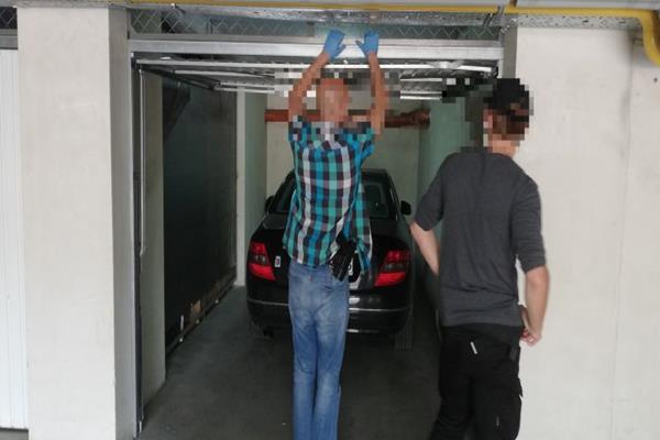 Seryjny morderca z Kołobrzegu  samochód