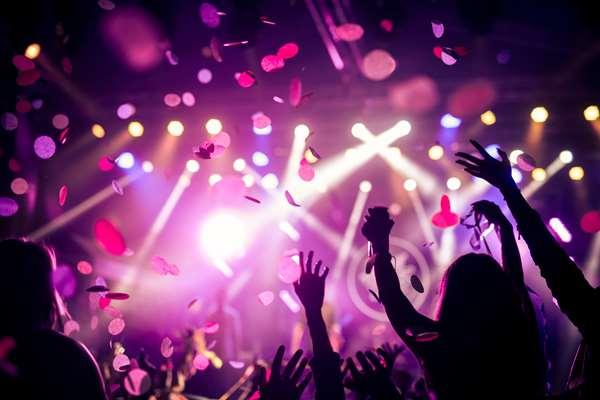 Jak dobrze i tanio zorganizować imprezę firmową?
